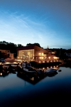 Oaxen at night