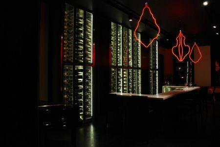 Veuve Hotel du Marc the bar-h_PQYT3ywFPAbt4EW8